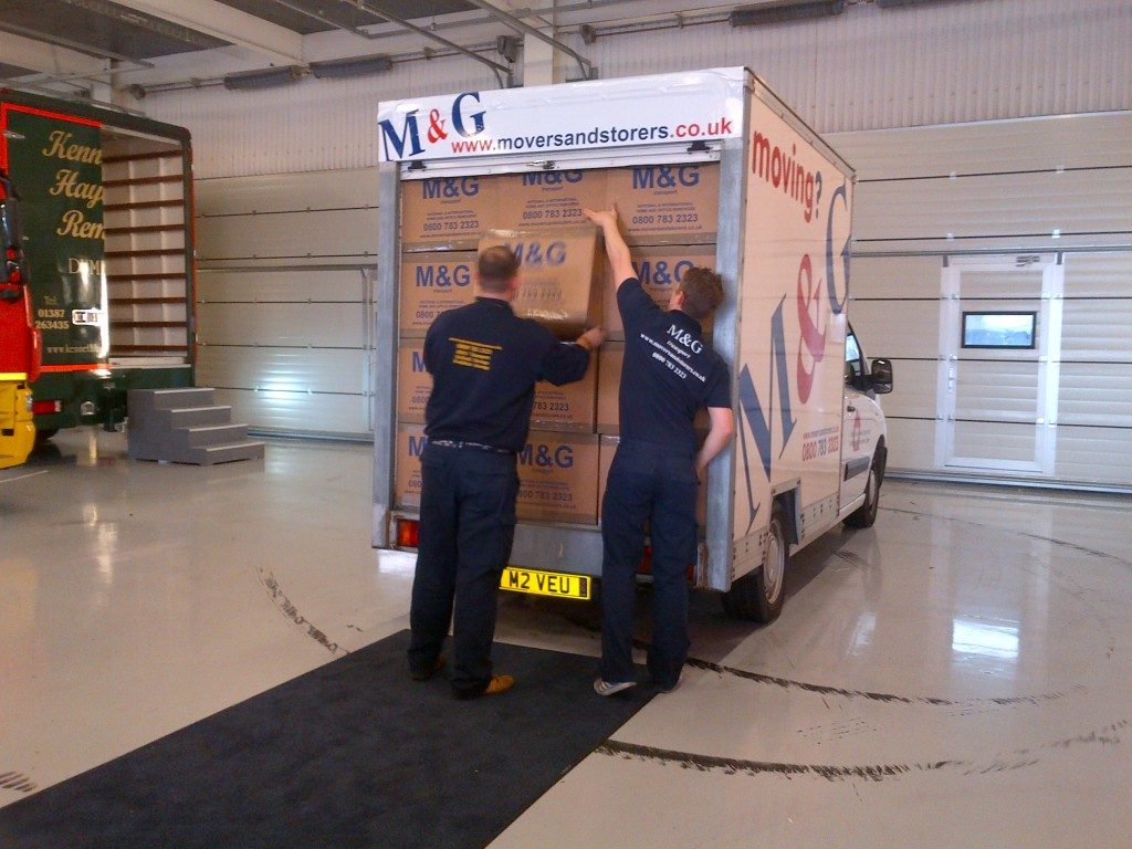Buy Removal boxes from M&G